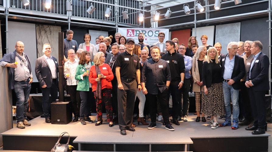 APROS Wohlfühlevent mit 50 Unternehmen und Konzert von Tiago Ribeiro da Costa